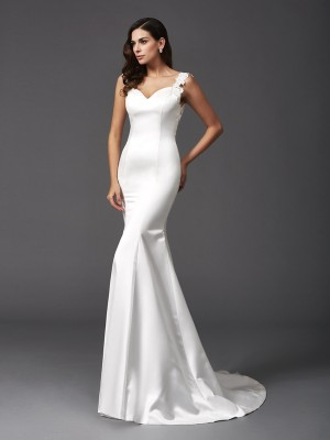 Stylish Trumpet/Mermaid Beading Sleeveless Straps Long Satin Wedding Dresses