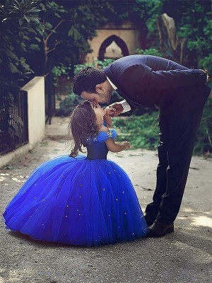 Stylish Ball Gown Floor-Length Crystal Sleeveless Off-the-Shoulder Tulle Flower Girl Dresses