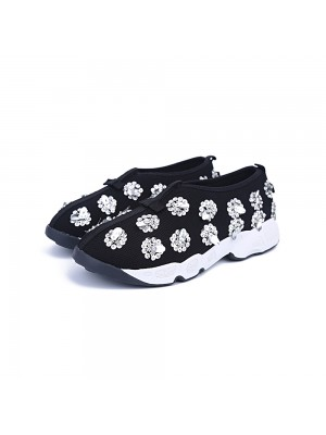 Fashion Trends Women's Net Closed Toe Flat Heel Casual Black Sneakers