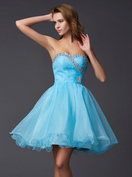 Fashion A-Line/Princess Sleeveless Beading Sweetheart Short Tulle Homecoming Dresses