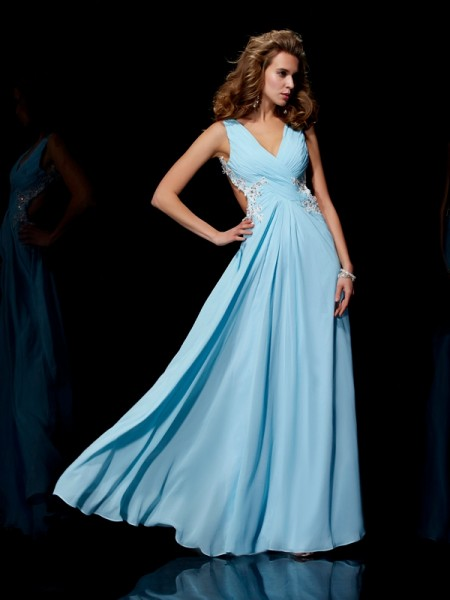 Stylish A-Line/Princess Sleeveless Applique Straps Beading Long Chiffon Dresses