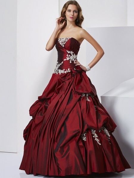 Stylish Ball Gown Sleeveless Beading Sweetheart Long Taffeta Quinceanera Dresses