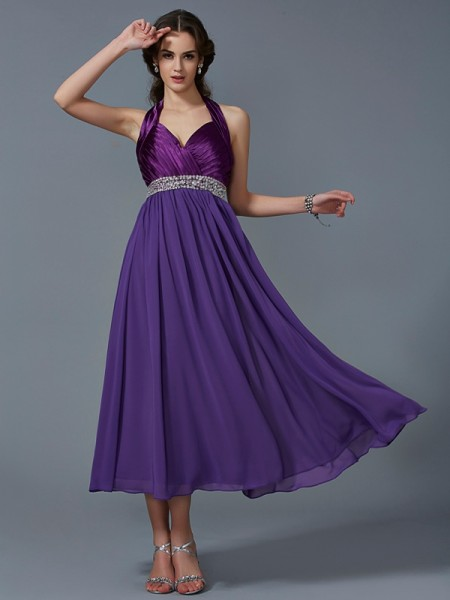 Fashion A-Line/Princess Sleeveless Beading Halter Long Chiffon Bridesmaid Dresses
