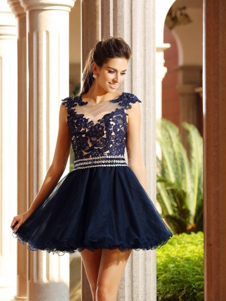 Stylish A-Line/Princess Applique Sleeveless Scoop Short Tulle Cocktail Dresses
