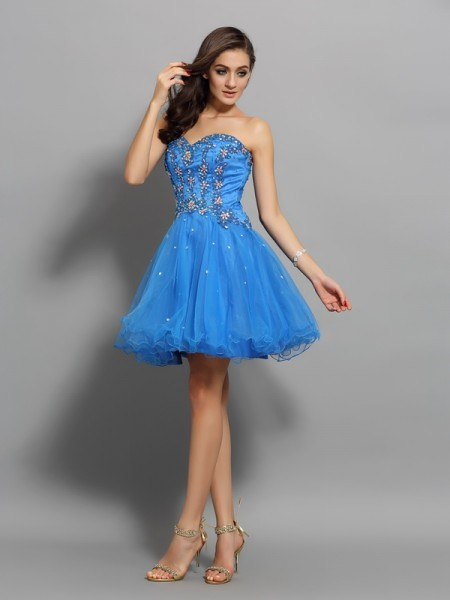 Fashion A-Line/Princess Beading Sleeveless Sweetheart Short Satin Cocktail Dresses