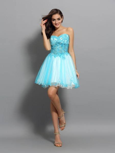 Fashion A-Line/Princess Applique Beading Sweetheart Sleeveless Short Satin Cocktail Dresses