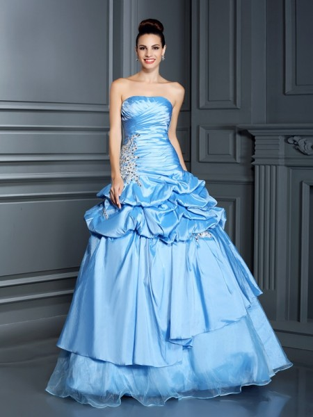 Fashion Ball Gown Ruffles Sleeveless Sweetheart Long Organza Quinceanera Dresses