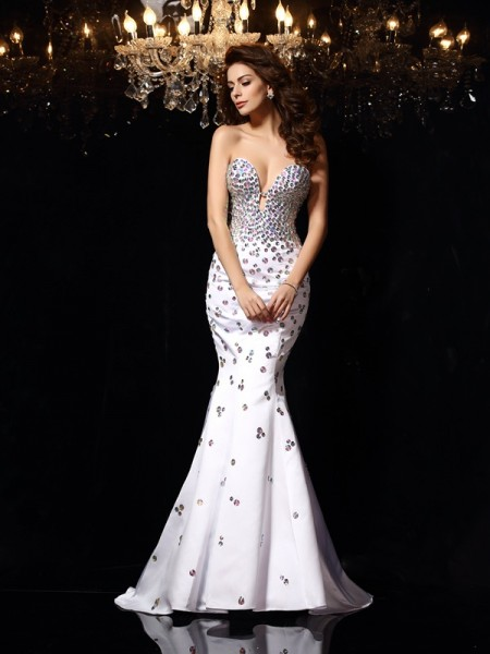 Fashion Trumpet/Mermaid Rhinestone Sleeveless Sweetheart Long Satin Dresses