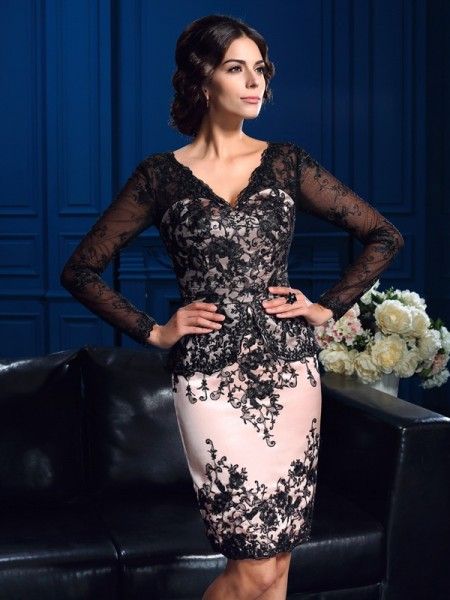 Stylish Sheath/Column Applique Long Sleeves V-neck Short Lace Mother of the Bride Dresses