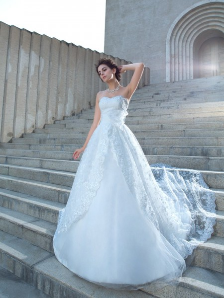 Fashion Ball Gown Lace Sleeveless Sweetheart Long Lace Wedding Dresses