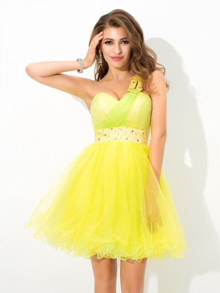 Stylish A-Line/Princess Beading Sleeveless One-Shoulder Short Net Cocktail Dresses