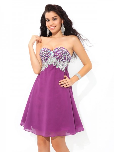 Fashion A-Line/Princess Rhinestone Sleeveless Sweetheart Short Chiffon Cocktail Dresses