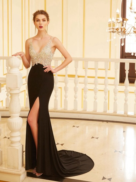 Fashion Sheath/Column Beading Sleeveless V-neck Sweep/Brush Train Spandex Dresses