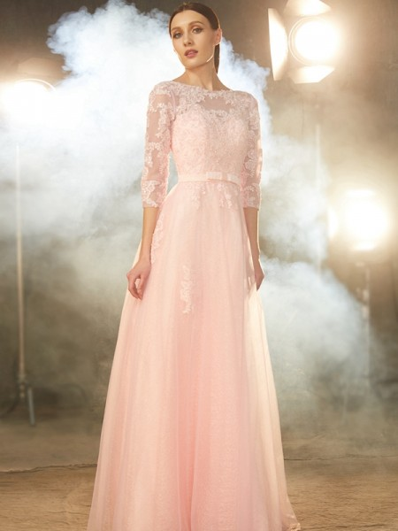 Fashion A-Line/Princess 1/2 Sleeves Floor-Length Bateau Applique Tulle Dresses