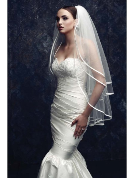 Fashion Trends Gorgeous 3 Layer Tulle Wedding Veils