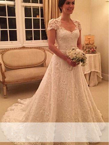 Fashion A-Line/Princess Court Train Sweetheart Short Sleeves Lace Wedding Dresses