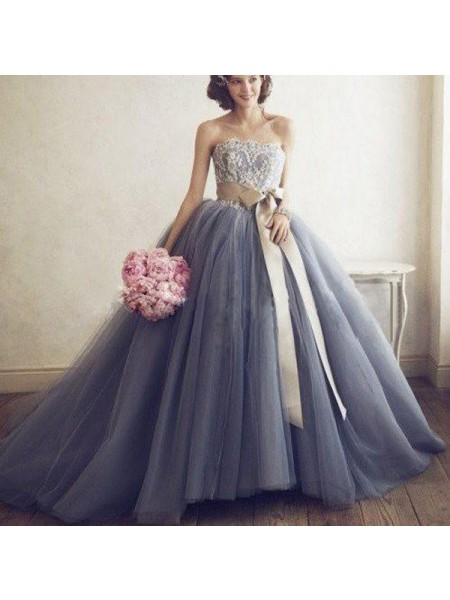 Stylish Ball Gown Sleeveless Applique Sweetheart Tulle Floor-Length Dresses
