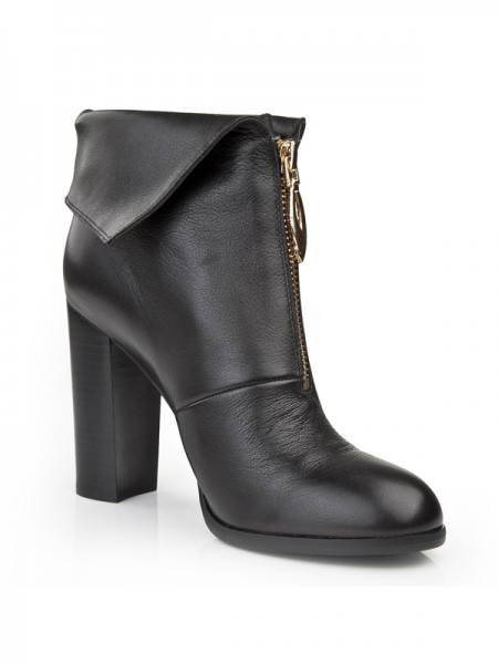 The Most Fashionable Women's Chunky Heel Closed Toe Cattlehide Leather Booties/Ankle Black Boots
