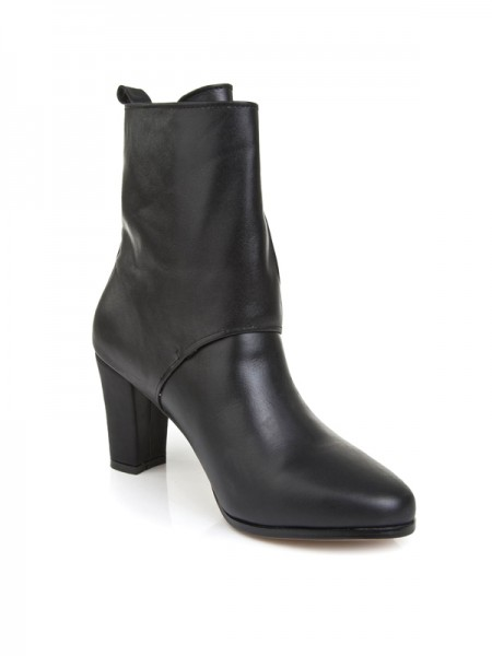 The Most Trendy Women's Cattlehide Leather With Buckle Chunky Heel Mid-Calf Black Boots