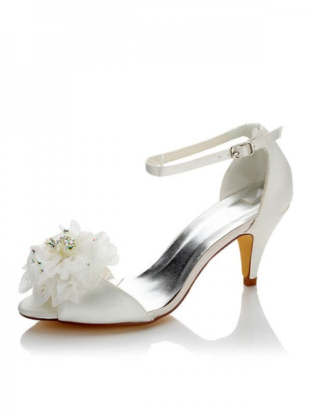 Fashion Satin PU Peep Toe Spool Heel Wedding Shoes For Women